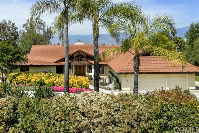 30510 E Sunset Drive Redlands, CA 92373 is listed for sale as MLS Listing EV17076409