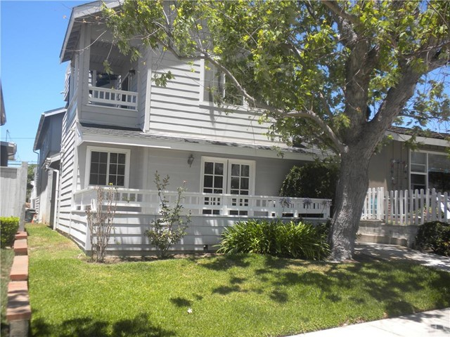 Townhouse for Rent at 709 Poinsettia St Corona Del Mar, California 92625 United States