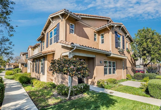 22531 Firenze Street, Carson, California 90745, 4 Bedrooms Bedrooms, ,2 BathroomsBathrooms,Townhouse,For Sale,Firenze,PV19074822