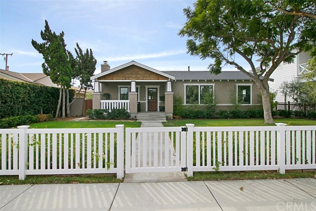 Single Family Home for Sale at 493 Broadway Costa Mesa, California 92627 United States