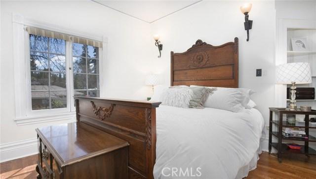 1311 S Center Street, Redlands CA: http://media.crmls.org/medias/f2c71754-ae0e-4884-bdc2-903bd4f7bf40.jpg
