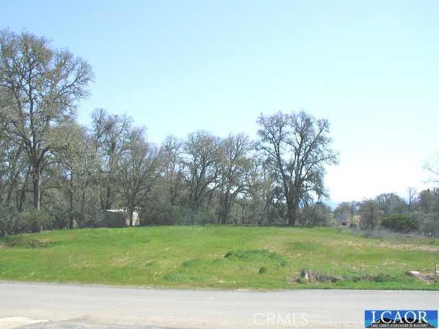 705 Oak Park Way, Lakeport CA: http://media.crmls.org/medias/f2e6b179-18f4-4bcc-8214-a19fef61c913.jpg