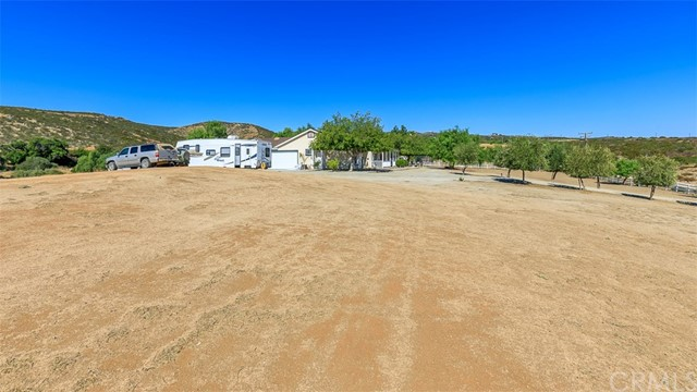 40515 DENISE ROAD, TEMECULA, CA 92592  Photo 10