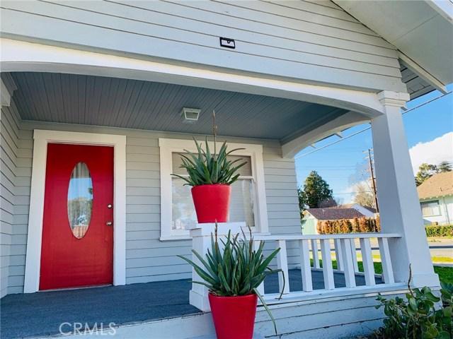 144 N Olive Avenue, Rialto CA: http://media.crmls.org/medias/f2efb859-fdda-43fb-bcf4-8c141f09d8ed.jpg