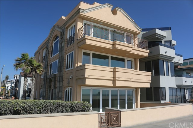 Single Family Home for Rent at 542 The Strand Hermosa Beach, California 90254 United States