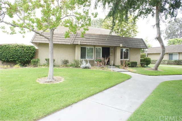 Single Family Home for Rent at 18112 Yosemite St Fountain Valley, California 92708 United States