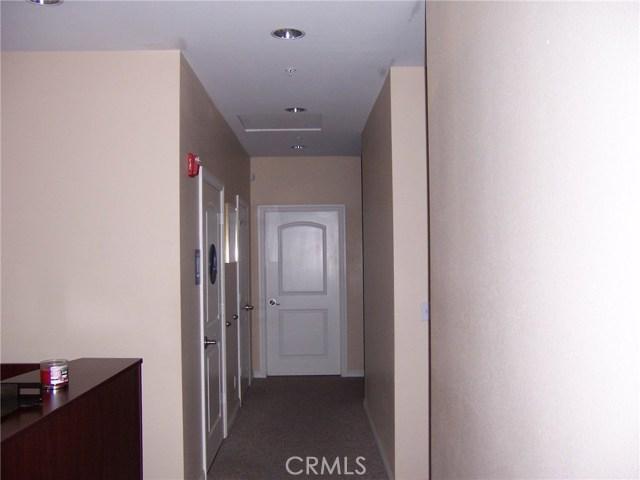 1445 W Redlands Boulevard, Redlands CA: http://media.crmls.org/medias/f3028f24-8c10-4bee-b9c4-0be5d7f035a4.jpg