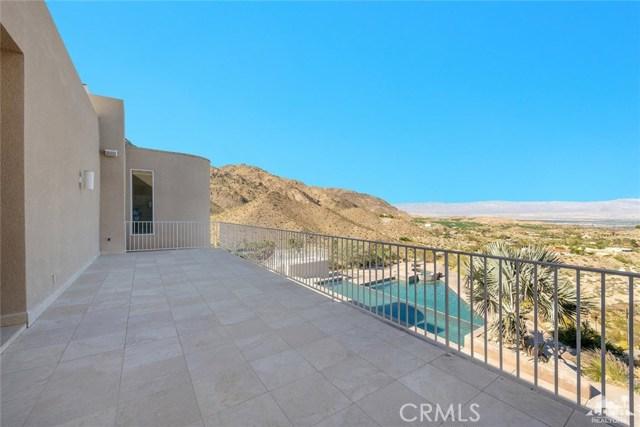 71100 Aerie Road, Palm Desert CA: http://media.crmls.org/medias/f304209e-d0a0-47eb-b858-e5decd3ada7e.jpg