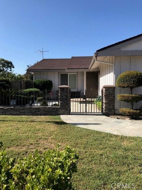 13144 Droxford Street, Cerritos CA: http://media.crmls.org/medias/f3069d86-00e7-4368-b1ee-5655dde2c152.jpg