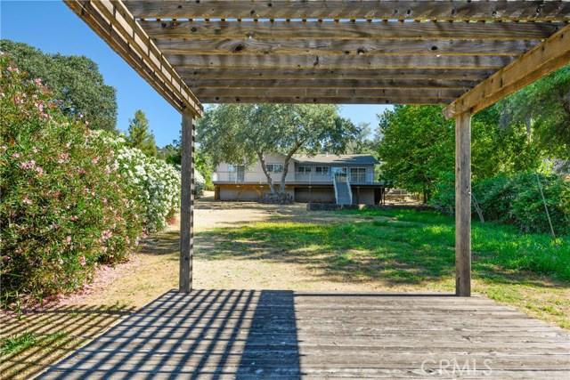 18563 North Shore Drive, Hidden Valley Lake CA: http://media.crmls.org/medias/f3092ce5-2f74-46a3-9ed3-0c98b4662ca1.jpg