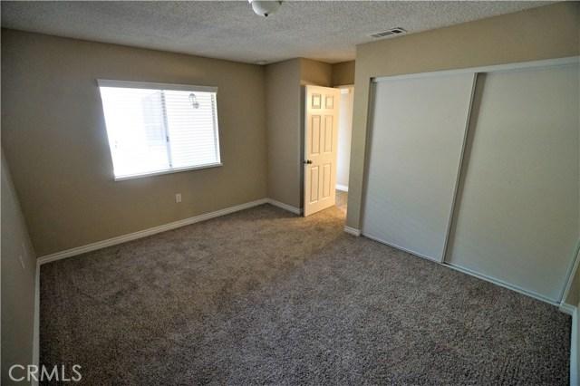 27099 Stagewood Street, Menifee CA: http://media.crmls.org/medias/f310299e-dc69-4503-94b5-b2f4375fa505.jpg
