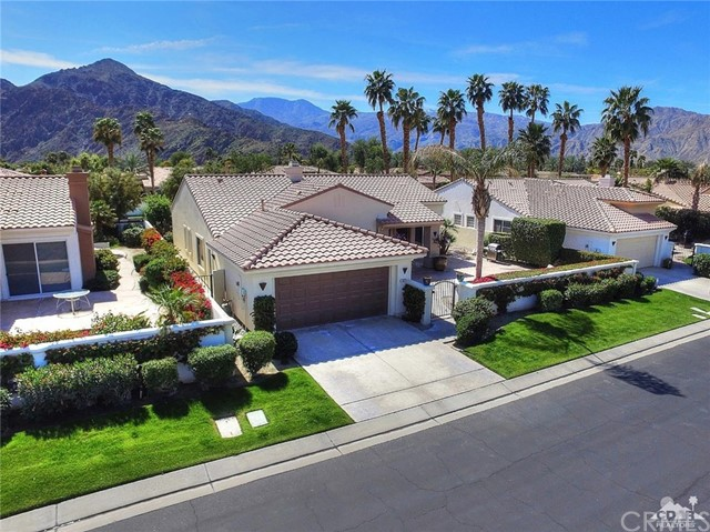 78927 Breckenridge Drive La Quinta, CA 92253 is listed for sale as MLS Listing 217007924DA