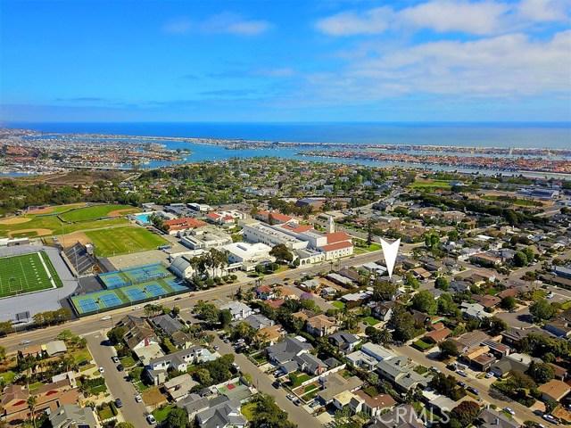 620 Michael Place, Newport Beach CA: http://media.crmls.org/medias/f31294b0-5bdf-4520-8436-34e2cff169a8.jpg