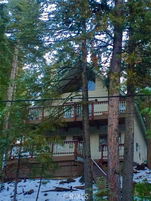 875 Brentwood Drive, Lake Arrowhead CA: http://media.crmls.org/medias/f31ab23e-73ae-4802-8edf-3fca1046296e.jpg