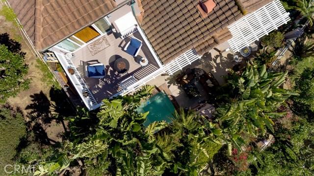 2 Regina, Dana Point CA: http://media.crmls.org/medias/f31b63cf-112d-4dfc-8303-504f4c2b4f1d.jpg