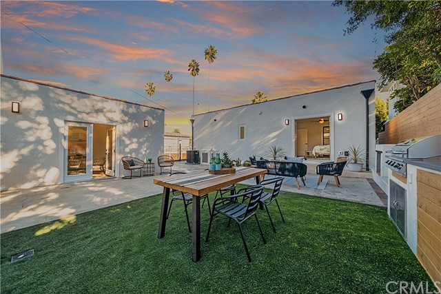 Detail Gallery Image 1 of 53 For 621 Boccaccio Ave, Venice,  CA 90291 - 3 Beds   2 Baths