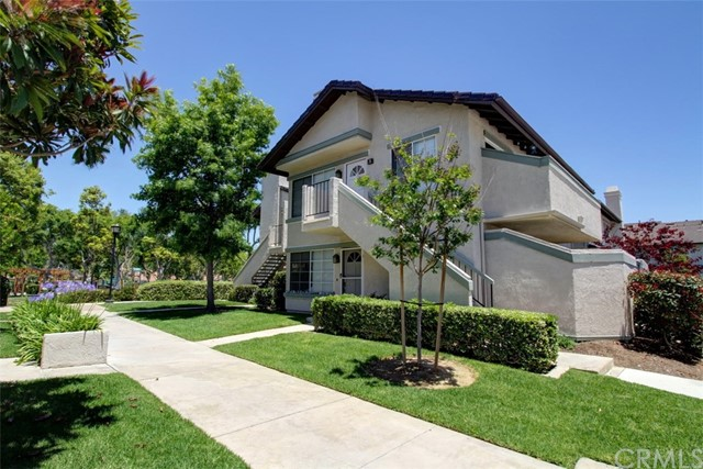 21 Exeter 15 , CA 92612 is listed for sale as MLS Listing OC18179057