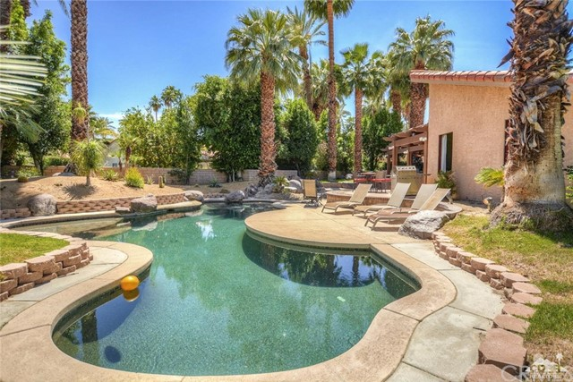 Single Family Home for Sale at 21 Lincoln Place 21 Lincoln Place Rancho Mirage, California 92270 United States
