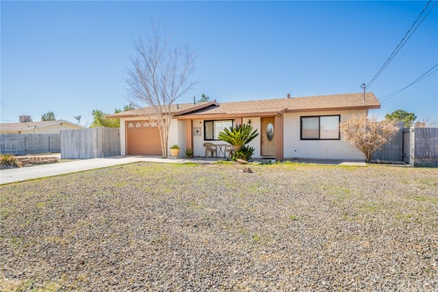 11968 Bornite, Hesperia, California 92345, 2 Bedrooms Bedrooms, ,1 BathroomBathrooms,Residential,For Sale,Bornite,MB21028067