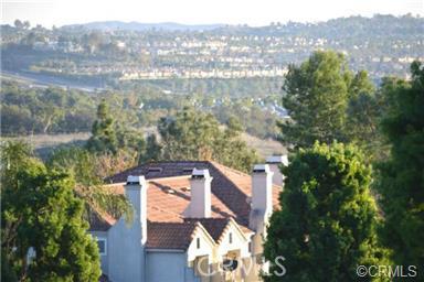 10 Medici, Aliso Viejo CA: http://media.crmls.org/medias/f3743007-586d-4205-a310-5fd260cacd3b.jpg