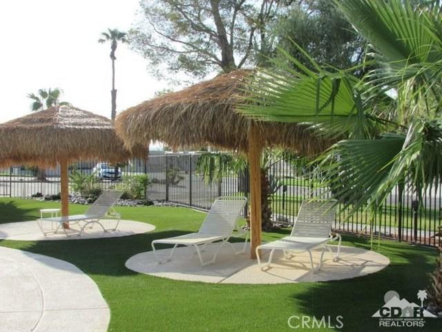84250 Indio Springs Drive, Indio CA: http://media.crmls.org/medias/f37c50c6-d08a-4c8f-9d77-6986a962abd7.jpg