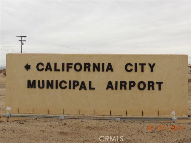 1 Elk Court, California City CA: http://media.crmls.org/medias/f39a5da7-4e96-4963-be78-7817212f3473.jpg