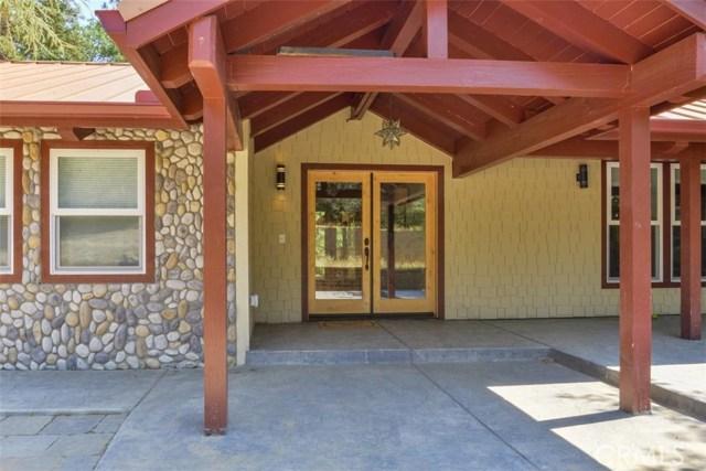 42499 Nelder Heights Drive, Oakhurst CA: http://media.crmls.org/medias/f39fc1b3-0b54-4426-a7b5-0b3940a3c97b.jpg