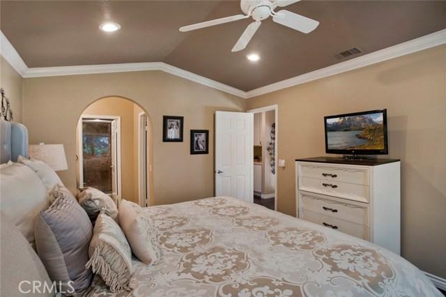 836 S Amber Lane, Anaheim Hills CA: http://media.crmls.org/medias/f3ac8f36-8206-4395-b8fd-42c21992d6bc.jpg