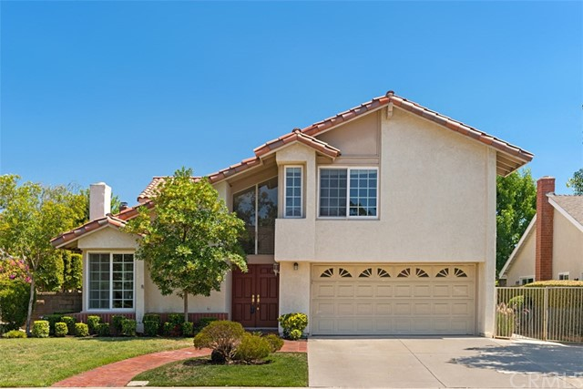 27582 Cenajo Mission Viejo, CA 92691 is listed for sale as MLS Listing OC17158379
