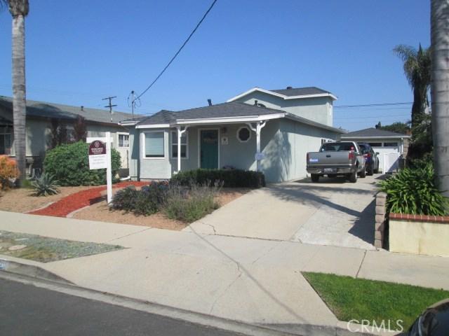 1115 Lowen Street, Wilmington, California 90744, 4 Bedrooms Bedrooms, ,2 BathroomsBathrooms,Single family residence,For Sale,Lowen,SB19063596