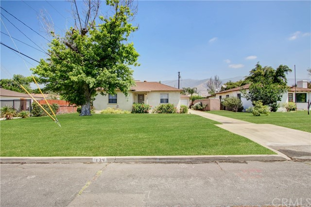 124 E 34th Street, San Bernardino CA: http://media.crmls.org/medias/f3baa6fc-4602-4bf8-ae76-dee7500f15c1.jpg