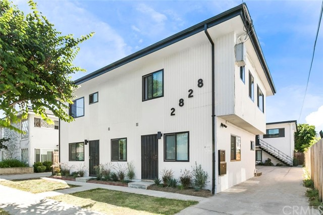2828 E 6th Street, Long Beach CA: http://media.crmls.org/medias/f3c0c5dd-8560-433d-8f9c-fb57f130775a.jpg