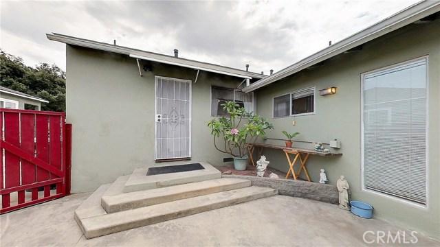 5207 Fidler Avenue, Lakewood CA: http://media.crmls.org/medias/f3d0e9a4-bad8-45b4-82d3-743520be9454.jpg
