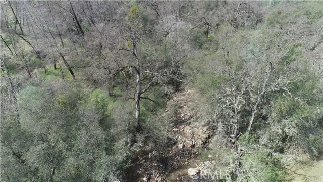 161 Guadalupe Creek Road, Mariposa CA: http://media.crmls.org/medias/f3db3466-04c6-46a5-8b04-771a021582b7.jpg