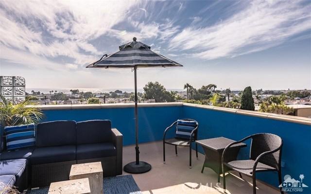 703 1st Street  Hermosa Beach CA 90254