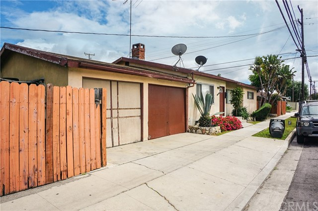 4060 162nd, Lawndale, California 90260, ,Residential Income,For Sale,162nd,SB20096048