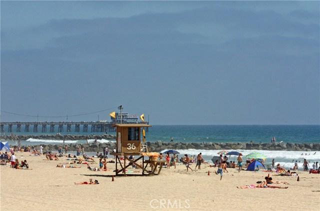 Photo of  Newport Beach, CA 92663 MLS NP18074991