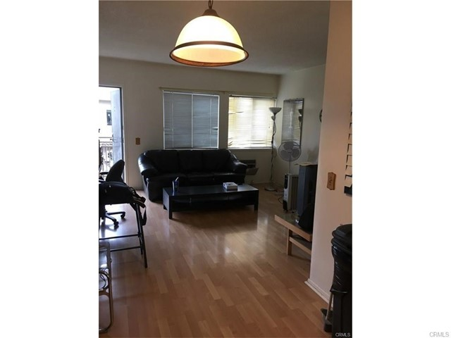 7135 Coldwater Canyon Avenue Unit 17 North Hollywood, CA 91605 - MLS #: DW18039076
