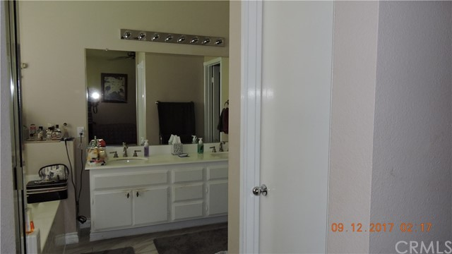 33367 NICHOLAS CMN, TEMECULA, CA 92592  Photo 16