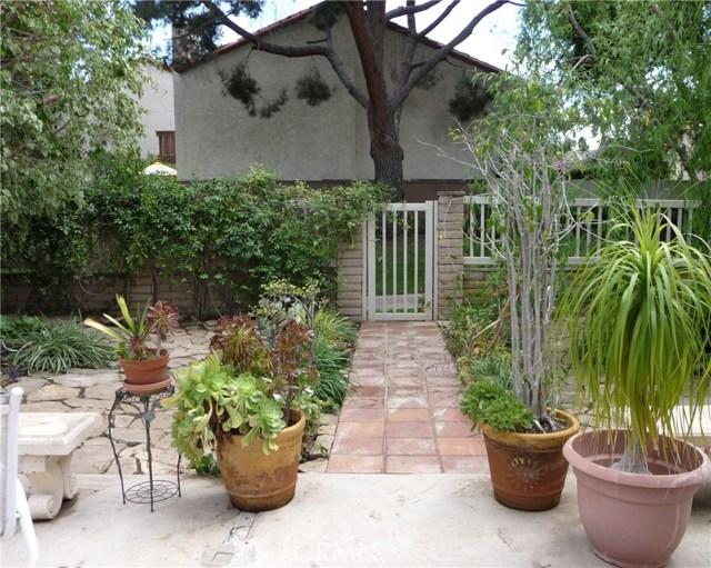 62 Willow Tree Ln, Irvine, CA 92612 Photo 11