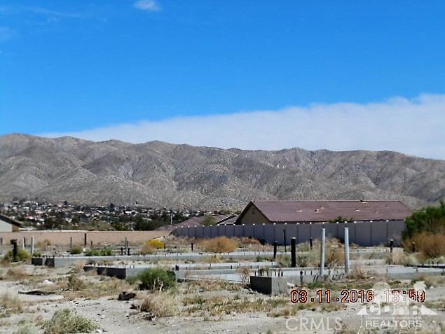0 Bald Eagle Lane, Desert Hot Springs CA: http://media.crmls.org/medias/f4104d8f-0ec1-4a99-ae1b-6626117040fe.jpg