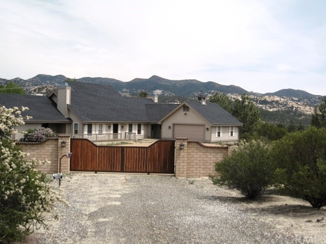Single Family Home for Sale at 37150 Gold Shot Creek Road Mountain Center, California 92561 United States