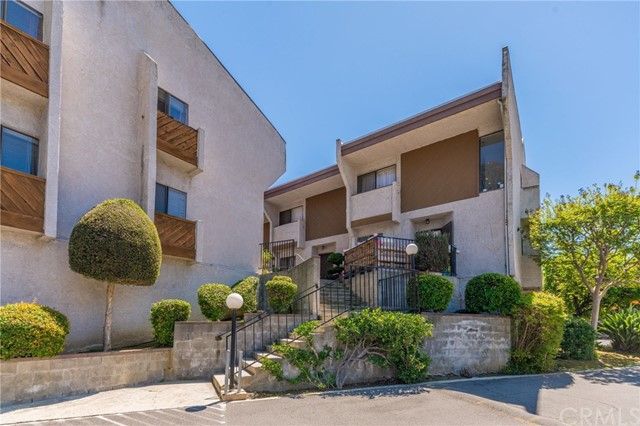 Detail Gallery Image 1 of 1 For 1707 W Garvey Ave #6,  Alhambra,  CA 91803 - 3 Beds | 2/1 Baths