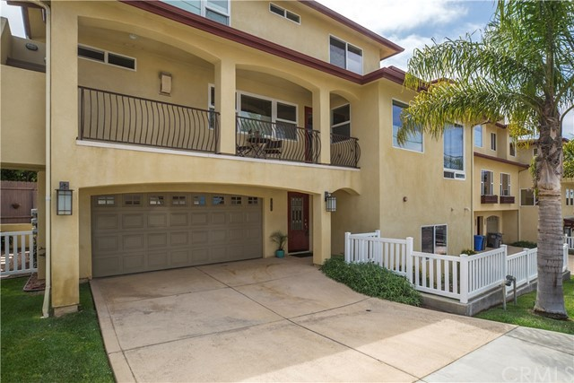 355 S 8th Street S, Grover Beach, CA 93433