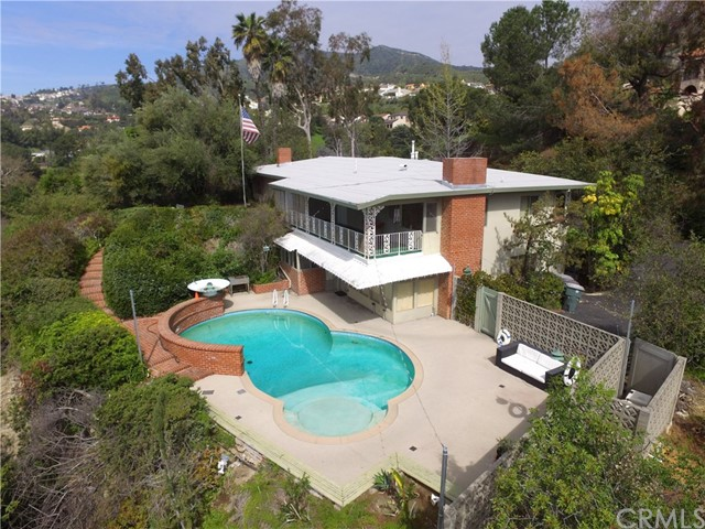 Glendale                                                                      , CA - $1,999,999