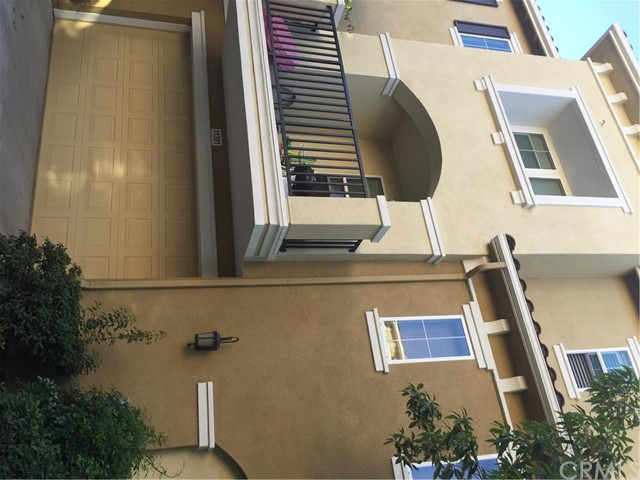 Townhouse for Rent at 11301 Piero St Stanton, California 90680 United States