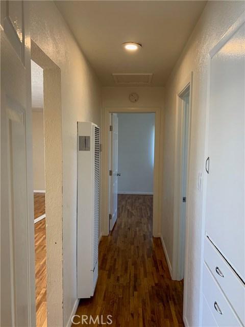1035 Laurel Avenue, Pomona CA: http://media.crmls.org/medias/f43bdfb9-27b8-4e15-84a0-3a3c4e87864c.jpg