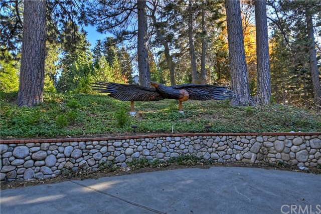 496 Cumberland Drive Lake Arrowhead CA 92352