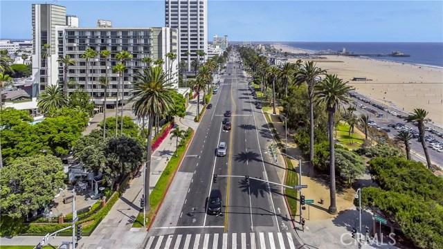 1045 Ocean Avenue, Santa Monica CA: http://media.crmls.org/medias/f4403aa0-b8ad-421c-b542-b5f4877f7844.jpg