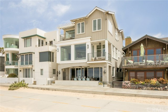 Single Family Home for Rent at 404 The Strand Manhattan Beach, California 90266 United States